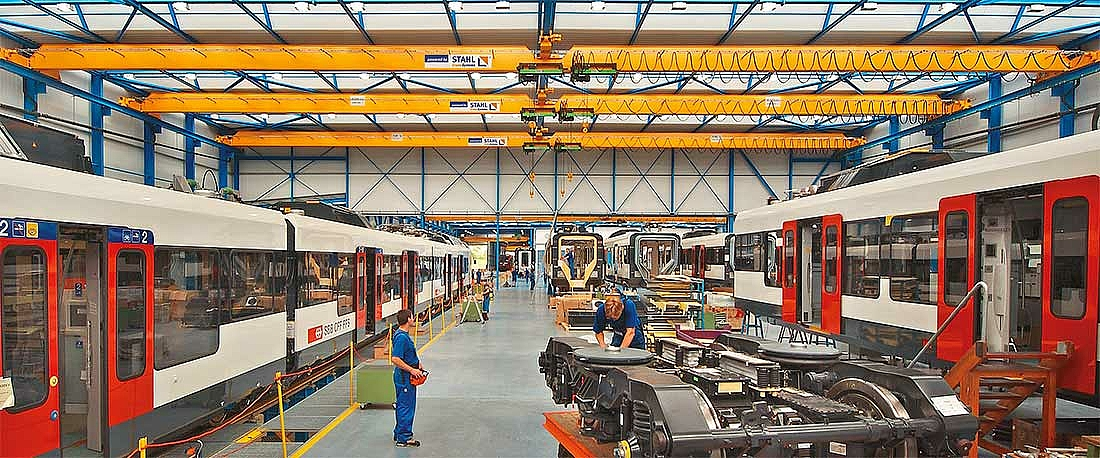 Off-standard cranes with six SH 5 wire rope hoists in the railway industry