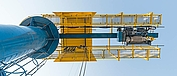 Slewing crane with SH LNG wire rope hoist – view from below.