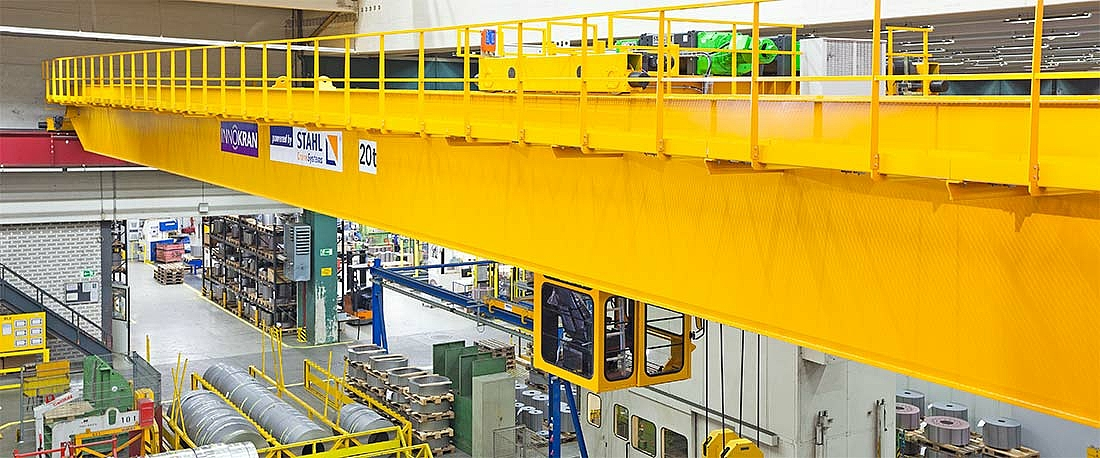 Double girder overhead travelling crane with operator cabin and AS 7 ZW wire rope hoist