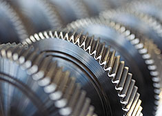 Close-up: STAHL CraneSystems – Gear wheels made in-house.