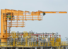 LNG slewing jib crane with wire rope hoist
