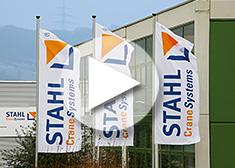 STAHL CraneSystems – Fahnen vor dem Firmensitz in Künzelsau